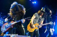 Sold Out-Slash feat. Myles Kennedy and the Conspirators